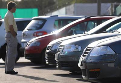 El mercado de vehículo de ocasión caerá casi un 30%
