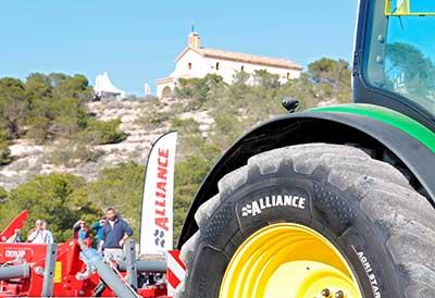 Promoción de Alliance Tires y la Lotería de Navidad