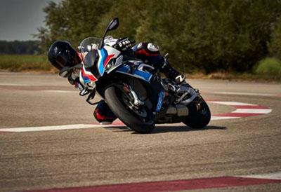 Dunlop SportSmart TT, rendimiento de carreras para BMW