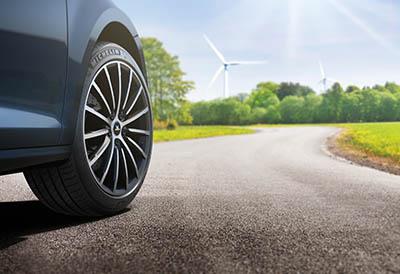 El neumático eco-responsable Michelin e.Primacy está diseñado para durar
