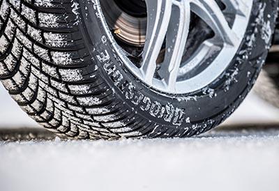 El neumático de invierno Blizzak LM005 de Bridgestone cosecha éxitos
