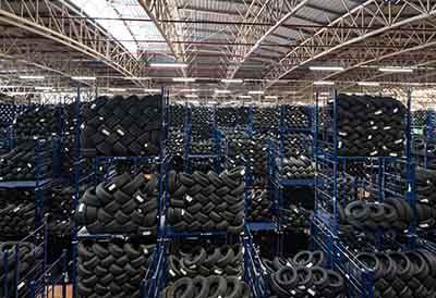 Top Recambios alcanza 1 millón de neumáticos en stock