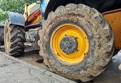 Comienza la Gestión de los neumáticos de diámetro de 1.400 mm