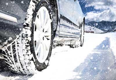 Adine aconseja montar neumáticos de invierno ante la borrasca Filomena