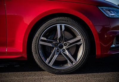 Bridgestone lanza Potenza Sport, neumático insignia en rendimiento deportivo