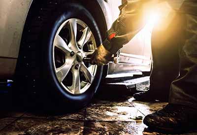 Los conductores españoles apenas dan importancia a los neumáticos