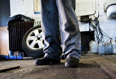 La Guardia Civil comienza una campaña de inspecciones a talleres