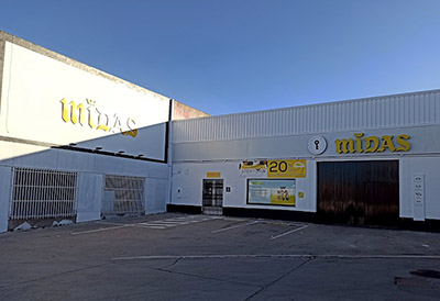 Midas inaugura un centro en la localidad extremeña de Almendralejo