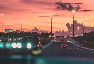 Coches en carretera