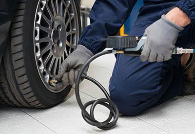 atención a los neumáticos en otoño